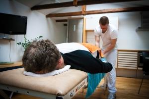 Massage na zware inspanning bevordert zelden herstel van prestaties