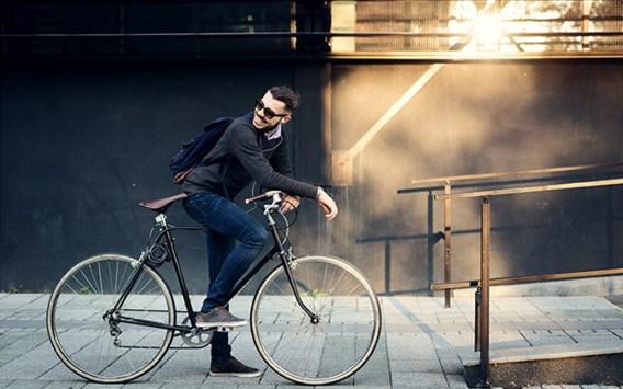 Bijna één op vijf fietst naar het werk